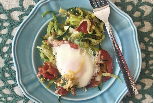 Bacon Zucchini Egg Nest, paleo diet, paleo recipes, egg nests, paleo egg nests recipe, paleo breakfast recipes